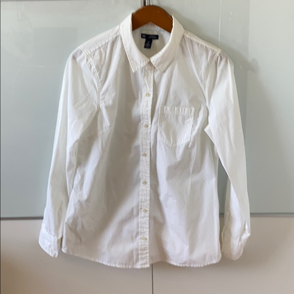 GAP Tops - Gap white button down shirt boyfriend fit